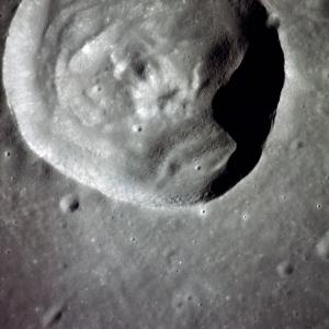 AS10-34-5151