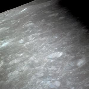 AS11-36-5428